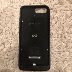 Mophie charging case for iPhone 6/7/8 plus